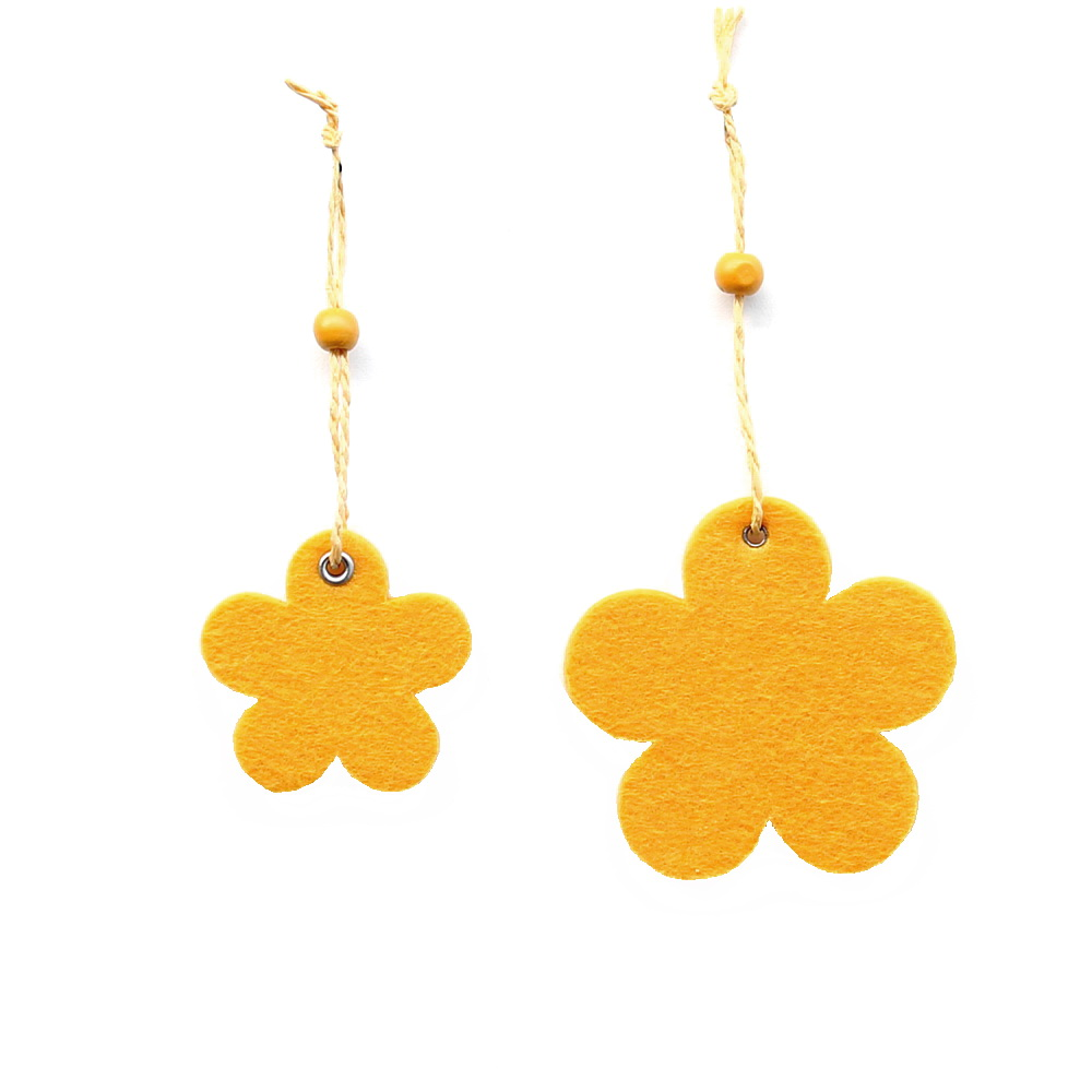11 x Filz - Blüten Hänger, 2 Größen, gelb, 8cm u. 5,5cm / RESTPOSTEN !