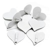 12x Holz Herz weiß mit Klammer, 7,5 x 7cm groß, Hochzeit ***