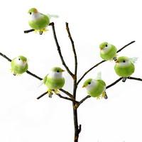 6 Stück Deko- Vögel mit Clip, Samtkörper mit Federn / hellgrün !!!